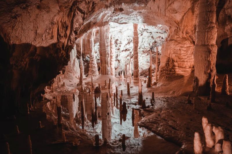 Visiter la grotte de Lombrives en Ariège